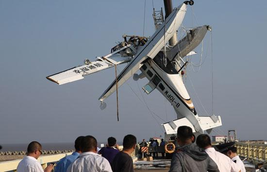 上海一水上飞机首航撞桥 已致5人遇难-中青在线