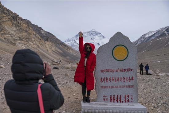 珠峰已进入旅游旺季