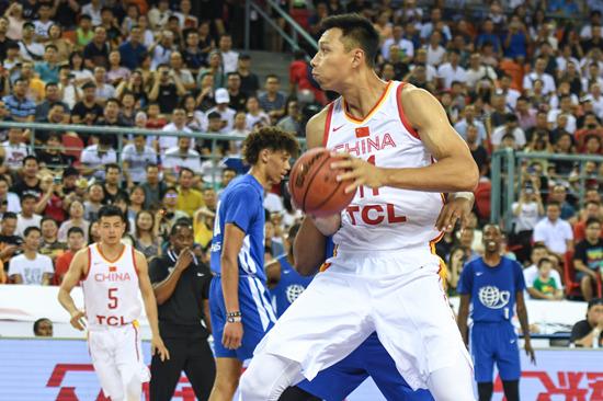 中国男篮急需磨合阵容