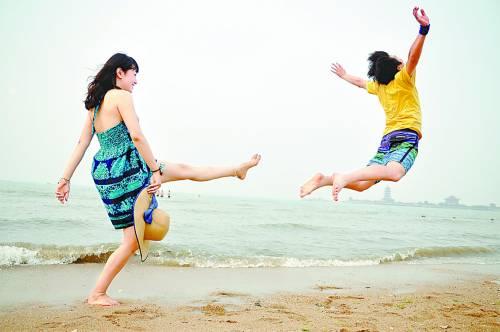 2016年木林森女式凉鞋2013中国(蓬莱)休闲旅游季启动-中国青年报木林森2016款女拖鞋